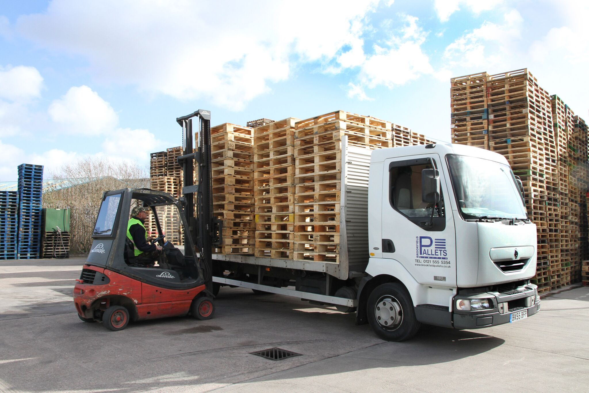 brookfield pallets truck